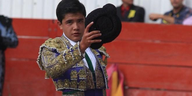 Saldré a jugarme la vida en la México: Emiliano Villafuerte