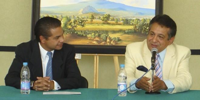 Anuncian en Tlaxcala charla de Ernesto Belmont y Luis Miguel Martínez