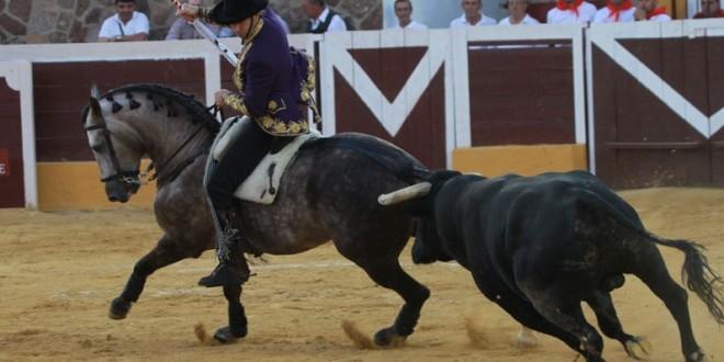 Gran tarde de Hermoso de Mendoza en Herrera del Duque