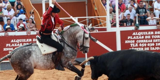 Hermoso de Mendoza arrasa en Tarazona