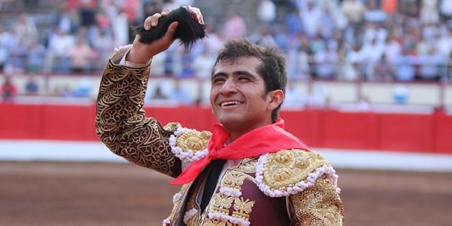 Oreja de peso para Joselito en Bilbao