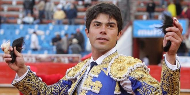 Fermín Rivera se alista en el campo para próximos compromisos