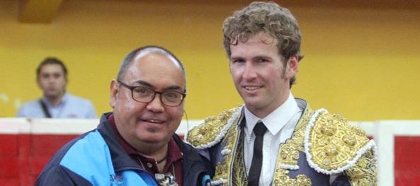 Gana 'El Payo' trofeo  CITA en Teziutlán