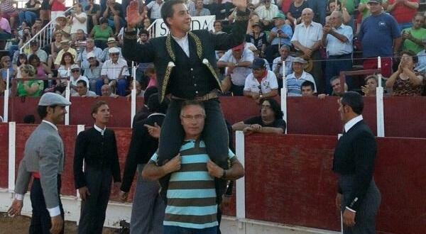 Triunfal debut de Luis Manuel Pérez en festival en España