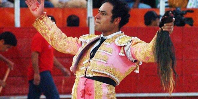 """PLAZA MÉXICO: Angelino, José Mauricio y """"El Chihuahua"""", con Monte Caldera"""