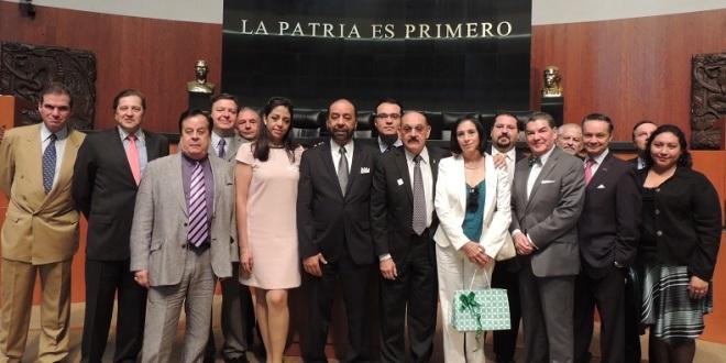 Médicos y Taurinos fueron recibidos en el senado