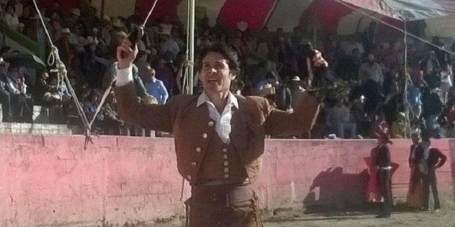 Orejas y rabo para Federico Pizarro en festival privado