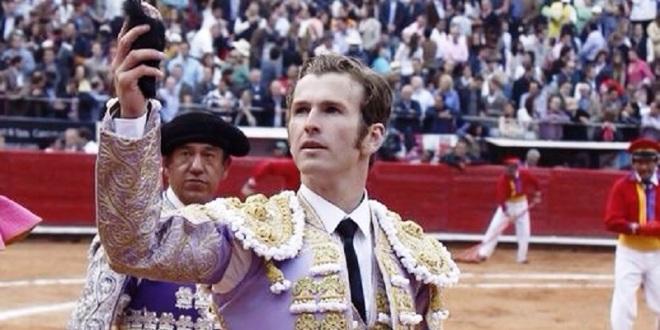 Consagratoria actuación del gran Octavio García 'El Payo'