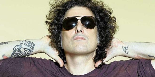 Defiende el gran Andrés Calamaro su afición a la fiesta brava