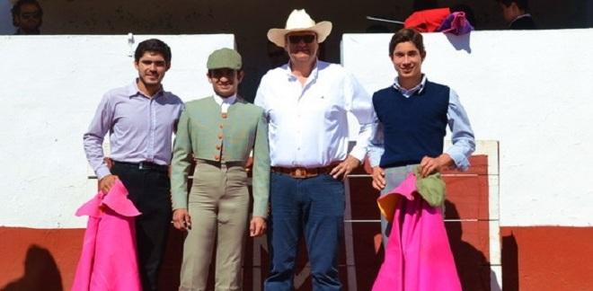 Tientan Adame y 'Armillita IV' con Pablo Moreno