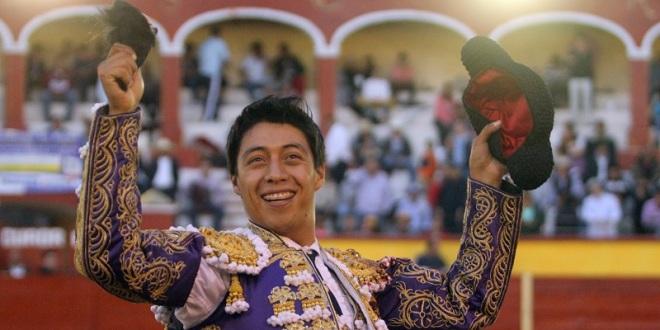 Corta Flores la única oreja de la tarde en Tlaxcala