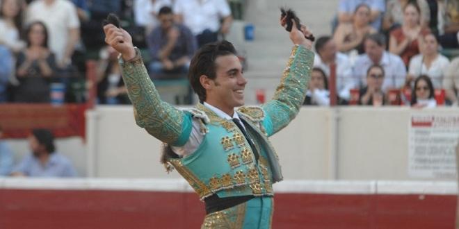 Torea José Mauricio en Atengo