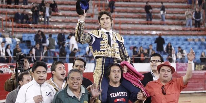 Relevante triunfo de Castella en la Plaza México