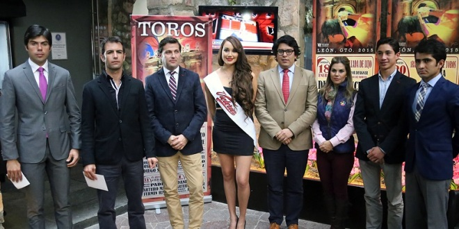 Presentan carteles para la feria de León 2015