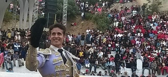 Triunfa Pizarro previo a su presentación en la México