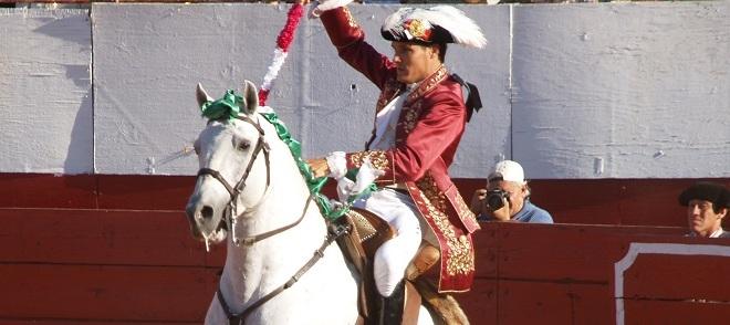 Tradicional corrida de rejones en Mérida