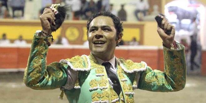 Dramático triunfo de José Luis ANGELINO en  APIZACO