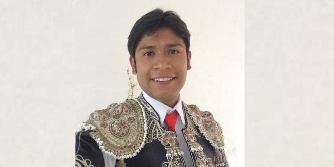 Entrena Manolo Serna fuerte con la intención de debutar en México