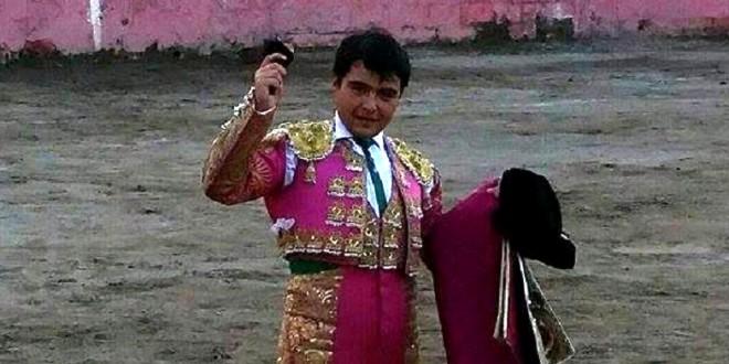Corta Luis Miguel Cuéllar una oreja en Presas, Hidalgo