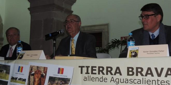 "Presentan libro ""Tierra Brava allende Aguascalientes"""