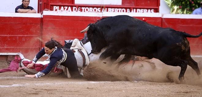 Serrano, INACTIVA un mes por rotura de ligamentos