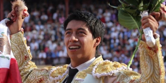 PLAZA MÉXICO: Gran tarde de Sergio Flores; una oreja e indulto