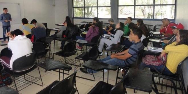 Imparten en prepa de AMECA taller de TAUROMAQUIA (**Fotos**)
