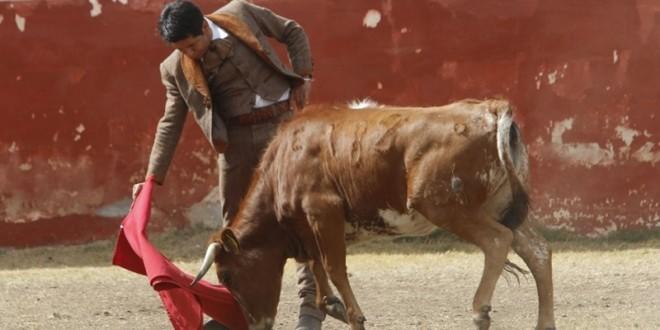 Tienta El Zapata en PIEDRAS NEGRAS previo a su encerrona (*fotos*)