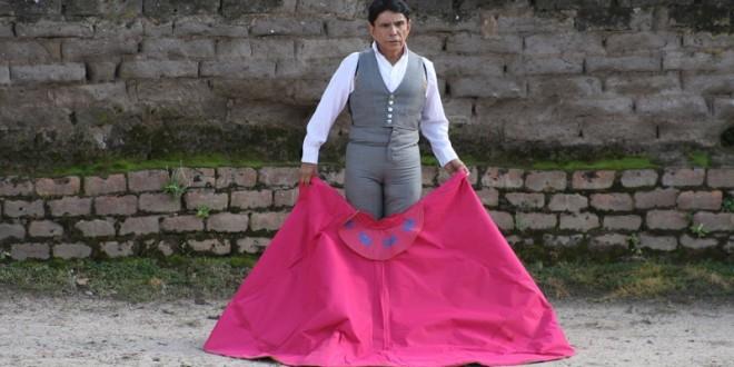 Encabeza 'El Estudiante' festejo del 3 de mayo en Cihuatlán, Jalisco