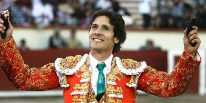 Tiene primeras tres, de DIEZ FECHAS HIDALGUENSES, Federico Pizarro