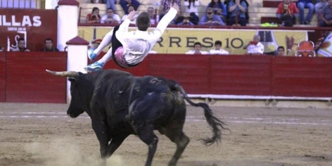 Lucen los Recortadores Españoles en la Silverio Pérez (*Fotos del festejo*)
