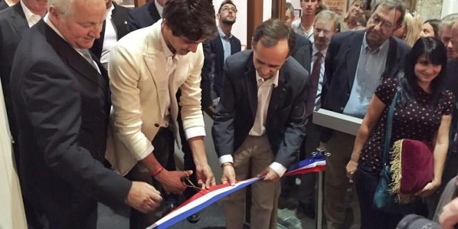 Inaugura Castella museo en su tierra