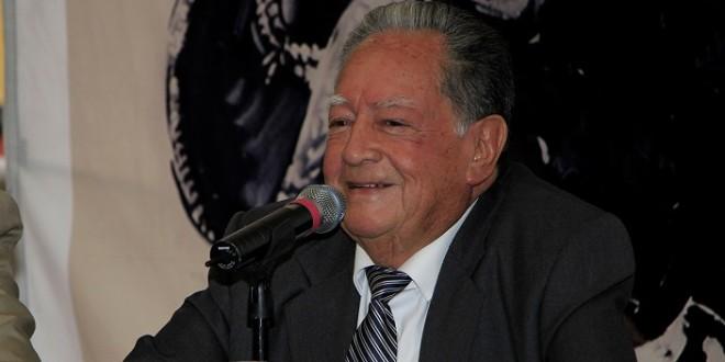 Presenta CARLOS GONZÁLEZ libro sobre JORGE AGUILAR EL RANCHERO