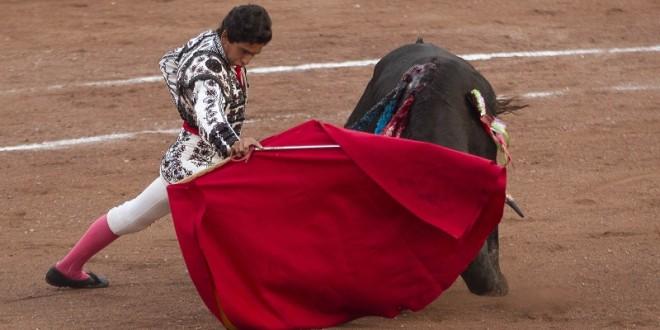 SOÑADORES de GLORIA: 'Quiero ser figura', dice HECTOR GUTIÉRREZ, quien hará doblete en LOS AZULEJOS y LA FLORECITA