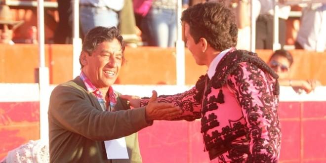 TRIUNFAL debut ganadero de ENRIQUE FRAGA en TULANCINGO (*Fotos*)