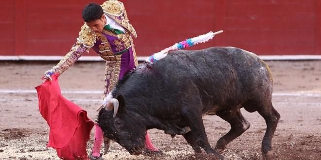 EL DOMINGO EN LA MÉXICO, Badillo, Macías y Herrera, con DE HARO