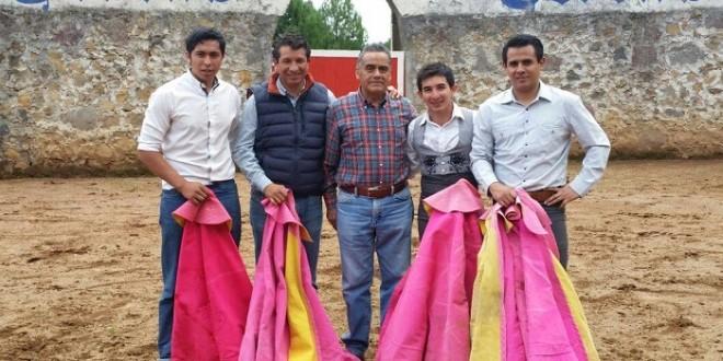Tienta 'El Papo' con Marco Jiménez previo a la MÉXICO