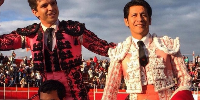 A hombros 'El Zapata' y 'El Chihuahua' en DOXEY, Hidalgo