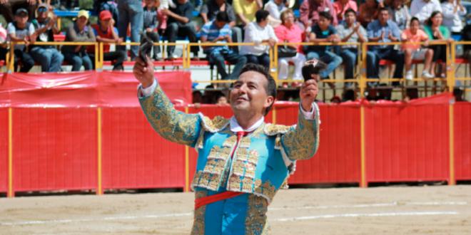 TIENE Alberto Huerta contratos tras reaparición (*Fotos*)