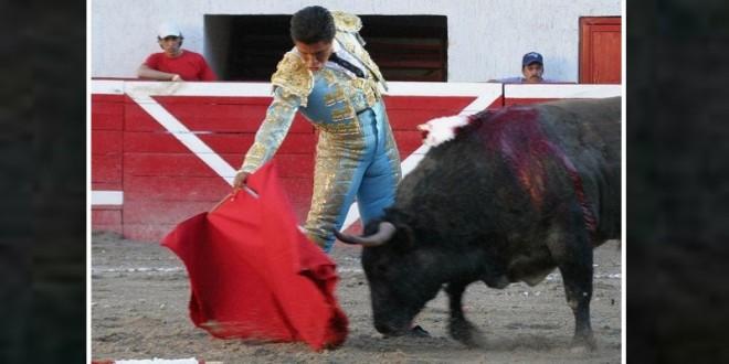 Gran actuación de OSCAR RODRÍGUEZ en Ayotlán