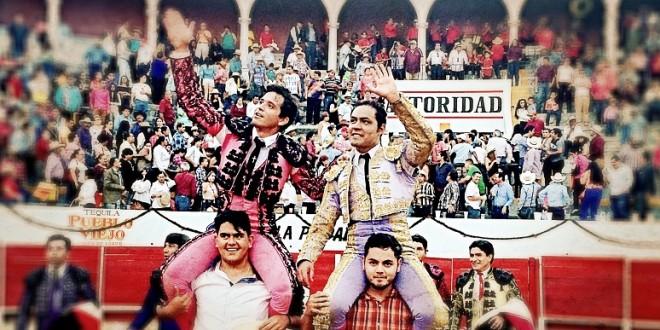 JOSE LUIS ANGELINO y EL CHIHUAHUA, a hombros, en Yahualica