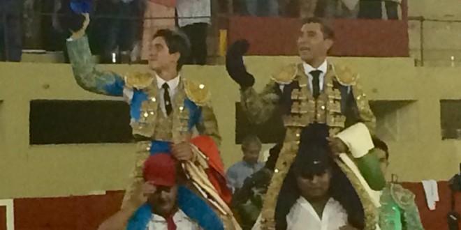 ZOTOLUCO y ARMILLITA IV, a hombros en Ciudad Juárez