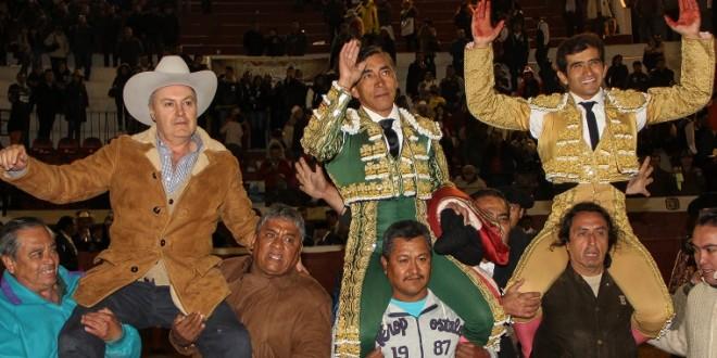 'ZOTOLUCO' y JOSELITO, a hombros en PACHUCA