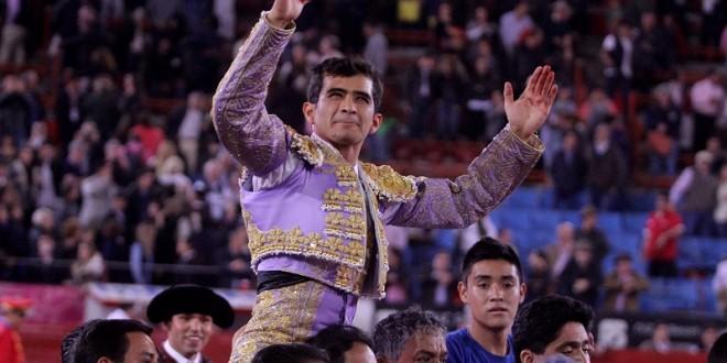 TRIUNFAL inicio de la Temporada Grande en la México; Adame, a hombros