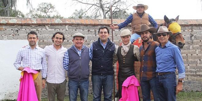 URDIALES Tienta y afirma que quiere volver a la México… Ya hay PLÁTICAS (*Fotos*)
