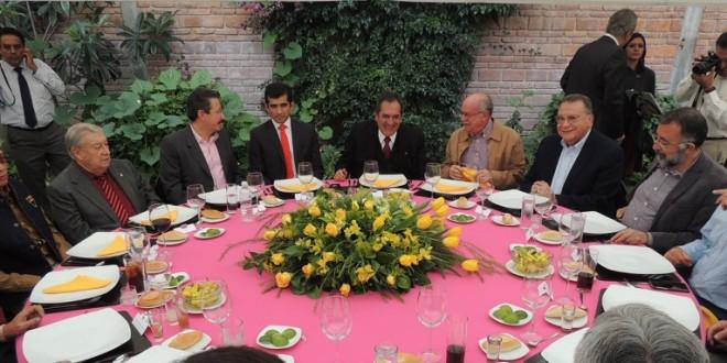 Gobierno y empresa de Agüitas homenajean a Joselito