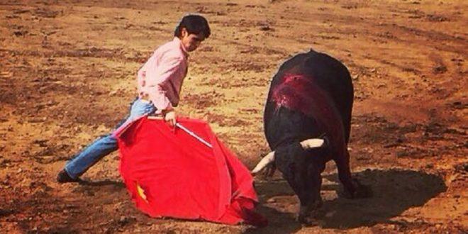 Patricio Ochoa se alista en el campo bravo