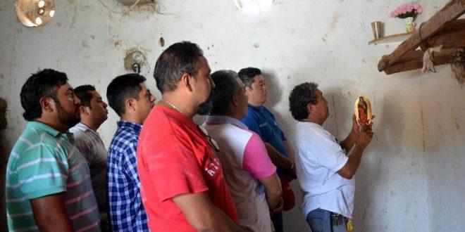 Aprueban los toros para Mérida y previo al desembarque, torileros se encomiendan a la VIRGEN de GUADALUPE (*Fotos*)
