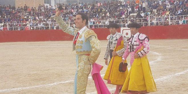 Meritoria oreja para el novillero mexicano Manuel Gutiérrez, en Perú