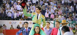 Indultan toro de Villa Carmela en Guadalajara con el que luce Luis David Adame (*Fotos*)